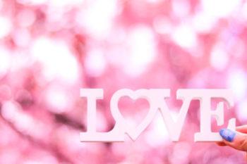 遠距離恋愛で片思い中の女性がするべきこと5つやLINEの送り方♡