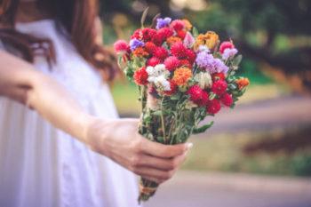 片思いを成就させるにはどうすればいい?恋愛心理テクニック11選♡