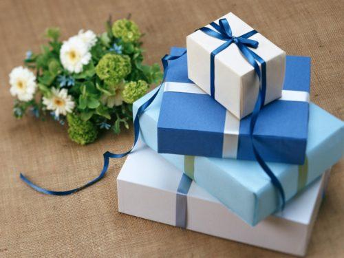 結婚祝いのプレゼントを相手や予算別に14種を紹介♡