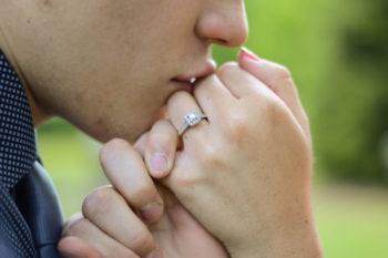 婚約指輪と結婚指輪の違いや扱い方について大特集♡