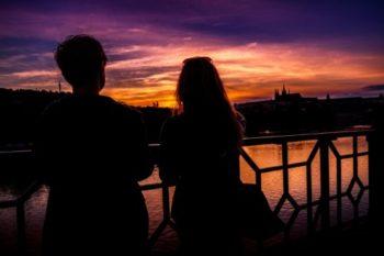 上司や同期と社内恋愛をする時の注意点とポイント18選♡