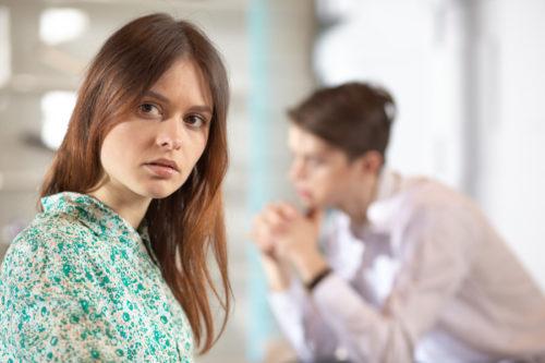 カップルが喧嘩をしやすいタイミングと、主な原因9選 | MERCH ...