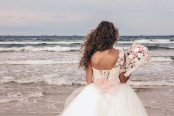結婚をしても寂しいと感じてしまう原因と、その対処法10選♡