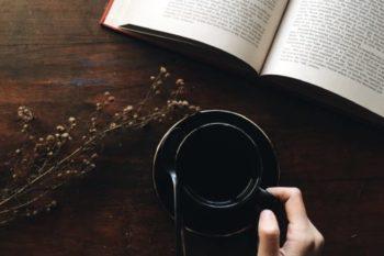 失恋をした時に読んでほしい、おすすめの本ランキングTOP10