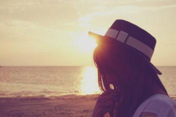 目を見て話せない人の心理や原因と、対処法10選♡