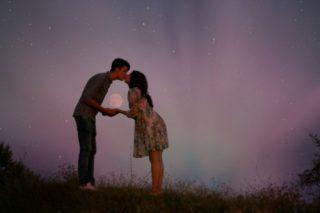 カップル必読!世間のカップルのキスの事情16選