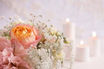 結婚式の招待状の返信する時の書き方やマナーと、メッセージ&アートの例13選♡