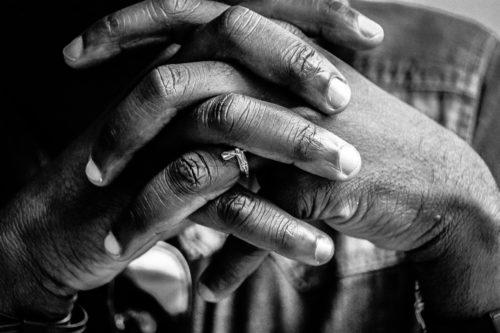 あなたの霊感や家庭運がわかる!?親指周辺の手相の意味12選