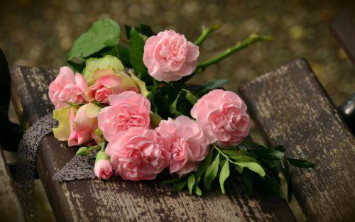 東カレデート体験談1_バラやいいねをもらう